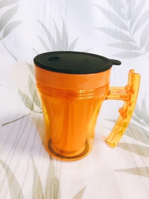 持ちやすい!飲みやすい!ユニバーサルDマグカップ
